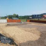 Dowożenie ziemi humusowej pod trawnik z rolki