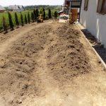 Dowożenie ziemi trawnik z siewu