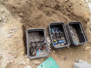 Magistrala rodzielająca sekcje dla automatycznego systemu nawadniania trawnika i roślin